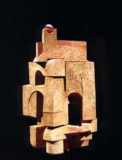Scultura in terracotta di Romano Mazzini.